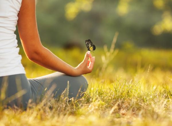 atelier de yoga, de méditation et de relaxation en pleine nature avec les énergies du printemps.